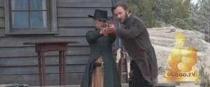 Кадр из Джейн берет ружье